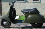 vespa painted in RAL-6006